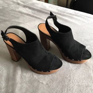 Platform peep toe studded heels